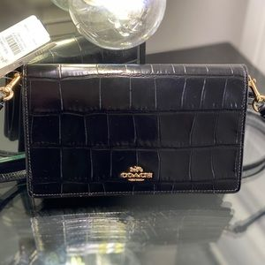 COACH Foldover Crossbody Clutch / Bag